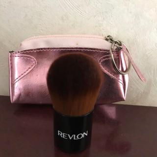 REVLON - 新品 レブロン チーク ブラシ