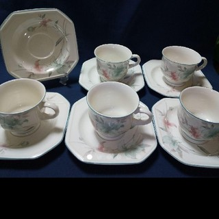 ミカサ(MIKASA)のMIKASAフレンチリリーカップ&ソーサー6客セット(食器)