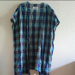 ネストローブ(nest Robe)の美品です✴cheer札幌 チェック ノーカラー 前リボン 羽織り コート  (ノーカラージャケット)
