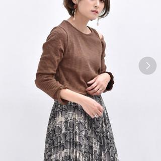 レトロガール(RETRO GIRL)の肩スリットリブT(Tシャツ(長袖/七分))