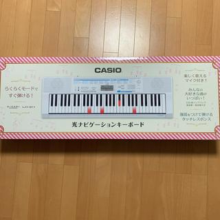 カシオ(CASIO)のCASIO 61鍵盤 電子キーボード 光ナビゲーション LK-311(キーボード/シンセサイザー)