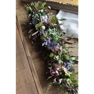 初夏に向けて涼しげなアンティーク紫陽花の縦長スワッグ。ドライフラワースワッグ(ドライフラワー)