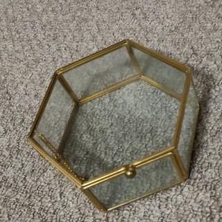 六角ガラスケース(リングピロー)