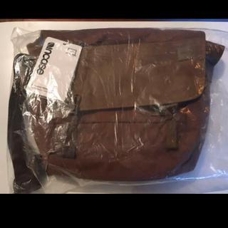 インケース(Incase)のIncase インケース 新品未使用品 メッセンジャーバッグ(メッセンジャーバッグ)