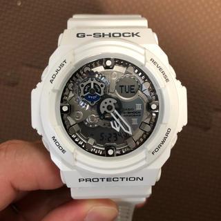 ジーショック(G-SHOCK)のG-SHOCK 白 GA-300 CASIO(腕時計(デジタル))