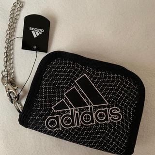 アディダス(adidas)のタグ付き新品!アディダス 二つ折り財布  ウォレットチェーン付き財布 黒(折り財布)