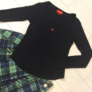 ヴィヴィアンウエストウッド(Vivienne Westwood)の美品✨Vivienne Westwood 定番オーブ刺繍長袖カットソー 2(カットソー(長袖/七分))