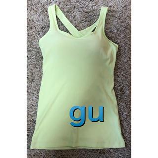 ジーユー(GU)のgu カップ付き タンクトップ サイズM(トレーニング用品)