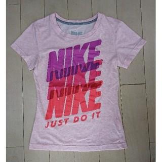 ナイキ(NIKE)のNIKE・ビッグロゴドライフィットレディースTシャツS(ウォーキング)
