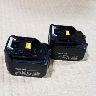 マキタ(Makita)のマキタ純正バッテリー14.4v  × 2(バッテリー/充電器)