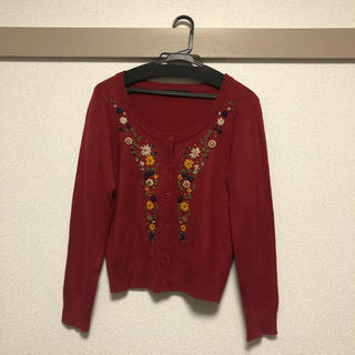 ページボーイ(PAGEBOY)の【美品】ページボーイ 刺繍付きカーディガン Mサイズ(カーディガン)