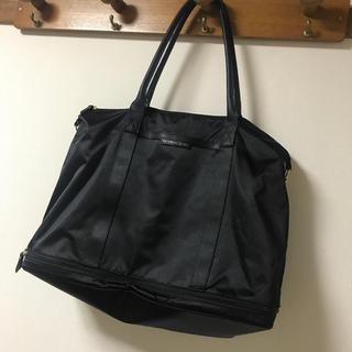 ヴィクトリアズシークレット(Victoria's Secret)の美品⭐︎ヴィクシー大容量バッグ(ボストンバッグ)