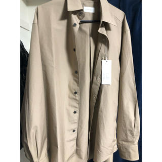 ジョンローレンスサリバン(JOHN LAWRENCE SULLIVAN)のlittlebig 20ss LSシャツ ベージュ  タグ付き(シャツ)