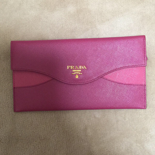 プラダ(PRADA)のプラダ 長財布 (財布)