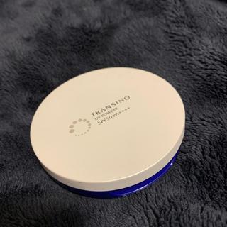 トランシーノ(TRANSINO)のトランシーノ 薬用UVパウダー 12g SPF50 PA++++(フェイスパウダー)