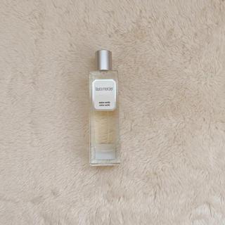 ローラメルシエ(laura mercier)のローラメルシエ 香水 アンバーバニラ(香水(女性用))