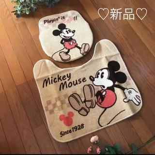 ディズニー(Disney)の新品❤️ディズニー ミッキー カントリー トイレマット カバー 2点セット(トイレマット)