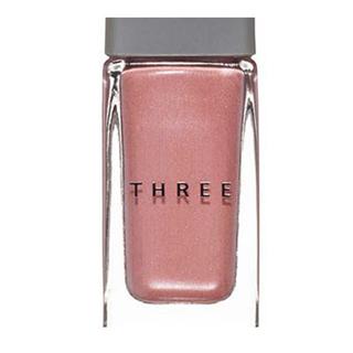 スリー(THREE)のTHREE ネイルポリッシュ X33 【限定色】(その他)