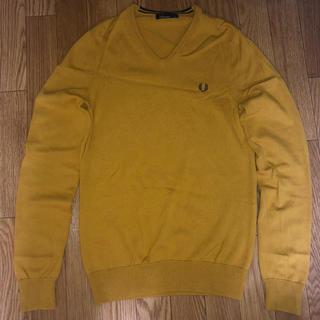 フレッドペリー(FRED PERRY)のフレッドペリー ニット セーター Vネック イエロー 黄色 XS(ニット/セーター)