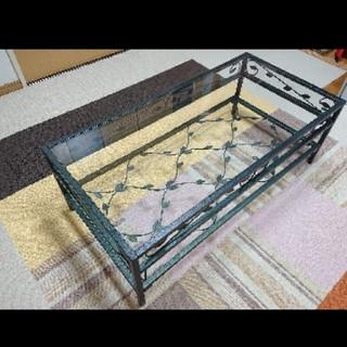 【直接引取可】葉柄の強化ガラステーブル・ローテーブル(ローテーブル)