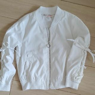 シマムラ(しまむら)の白のブルゾン 120 ウィンドブレーカー(ジャケット/上着)