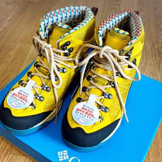 コロンビア(Columbia)のコロンビア 新品未使用 23.5 トレッキングシューズ 山登り 登山靴(登山用品)
