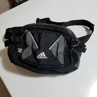 アディダス(adidas)のadidasウエストバック美品(ウエストポーチ)