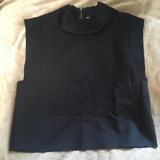 カメオコレクティブ(C/MEO COLLECTIVE)のcameo カメオ 刺繍 ノースリーブトップス(カットソー(半袖/袖なし))