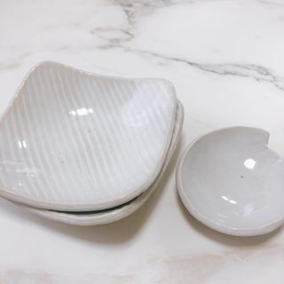 アクタス(ACTUS)の作家さん手作り 小皿 豆皿 セット プレート ホワイト ストライプ 焼物 しのぎ(食器)