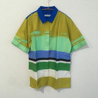 マリメッコ(marimekko)のmarimekko 半袖シャツ(シャツ/ブラウス(半袖/袖なし))
