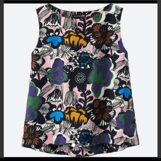 マリメッコ(marimekko)のマリメッコノースリーブブラウス 花柄(シャツ/ブラウス(半袖/袖なし))