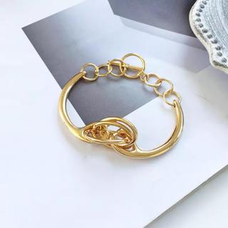 ザラ(ZARA)のなのかん様専用 メタルブレス gold #H35(ブレスレット/バングル)