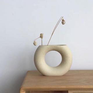 丸のフラワーベース(花瓶)