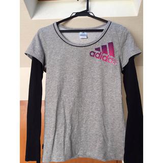 アディダス(adidas)の長袖Tシャツ(Tシャツ(長袖/七分))
