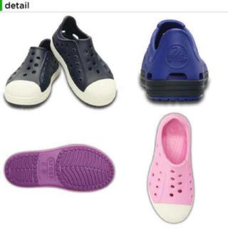 crocs - ★未使用★クロックス(crocs) ★キッズ サンダル スニーカー★C11★