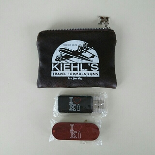 キールズ(Kiehl's)のKIEHL'S キールズ ノベルティ USBメモリ (その他)