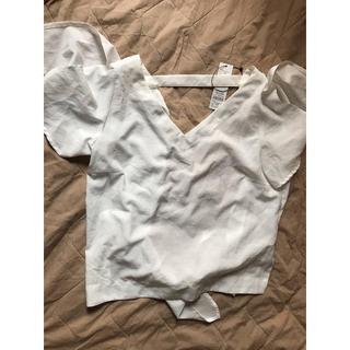 リゼクシー(RESEXXY)のRESEXXY 背中開きシャツ(シャツ/ブラウス(半袖/袖なし))