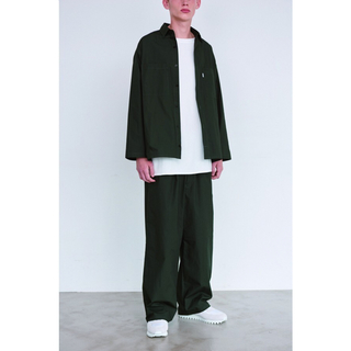 コモリ(COMOLI)の【Graphpaper】Typewriter Wide Cook Pants(スラックス)