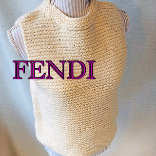 フェンディ(FENDI)のFENDIベスト(ベスト/ジレ)