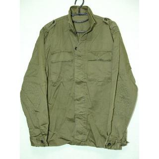 グッチ(Gucci)のGUCCIグッチスタンドカラー比翼ミリタリーサファリオーバーシャツジャケット(シャツ)
