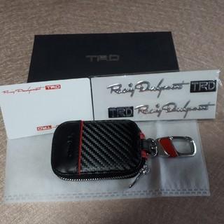 トヨタ(トヨタ)のTRD キーホルダー&ステッカー付き(キーホルダー)