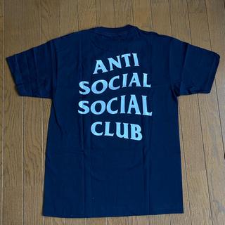 アンチ(ANTI)の未使用 アンチソーシャルソーシャルクラブ OMW NAVY Tシャツ サイズM(Tシャツ/カットソー(半袖/袖なし))