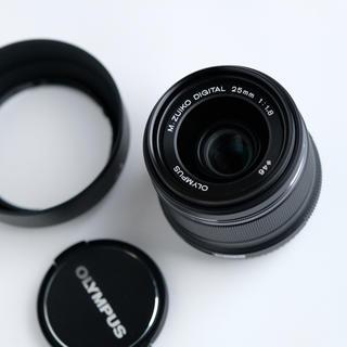 オリンパス(OLYMPUS)のOLYMPUS 25mm f1.8 black オリンパス 黒(レンズ(単焦点))