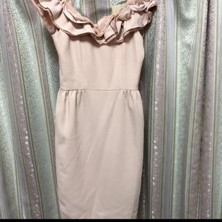リリーブラウン(Lily Brown)のピンクベージュ ドレス オフショル 結婚式 リリーブラウン(ミディアムドレス)