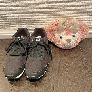 ディズニー(Disney)の東京ディズニーシー 靴 シェリーメイコインケース パスケース(スニーカー)