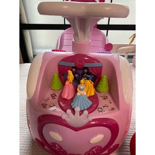 ディズニー(Disney)のディズニー プリンセス ライドオン 手押し車 足けり (手押し車/カタカタ)