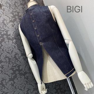 BIGI ビギ ◆ インディゴブルー デニム トップス 背中見せ(カットソー(半袖/袖なし))