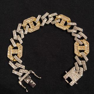 アヴァランチ(AVALANCHE)の新品 未使用 CZダイヤモンド スクエアストーン ブレスレット (ブレスレット)