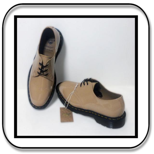UNDERCOVER(アンダーカバー)の28cm: Drマーチンxアンダーカバー 1461パテントレザー 英国製 UK9 メンズの靴/シューズ(ドレス/ビジネス)の商品写真
