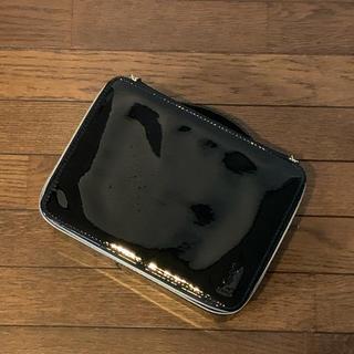 イヴサンローランボーテ(Yves Saint Laurent Beaute)の【やや傷や汚れあり・箱なし】YSLエナメルビューティボックス(メイクボックス)